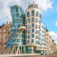 Танцующий дом — необычный символ Праги